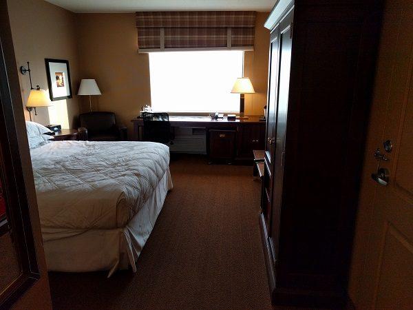 Sheraton Herndon Dulles Airport Club King Bedroom 1