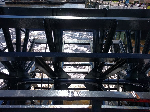 Elizabeth River Ferry paddlewheel