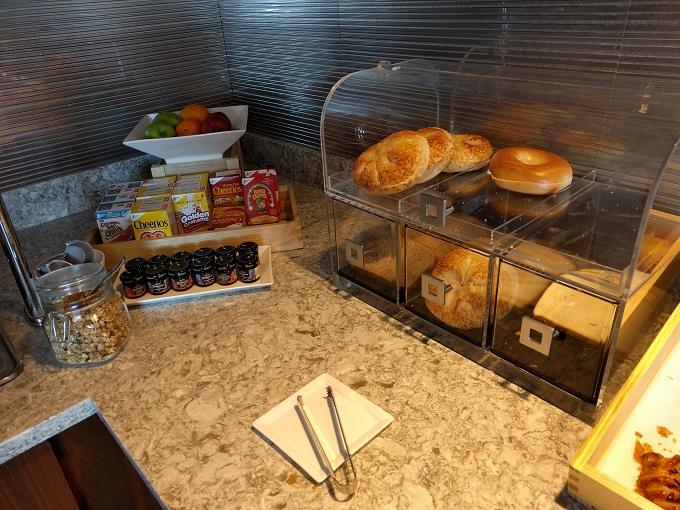 Hilton Norfolk Empyrean Lounge breakfast
