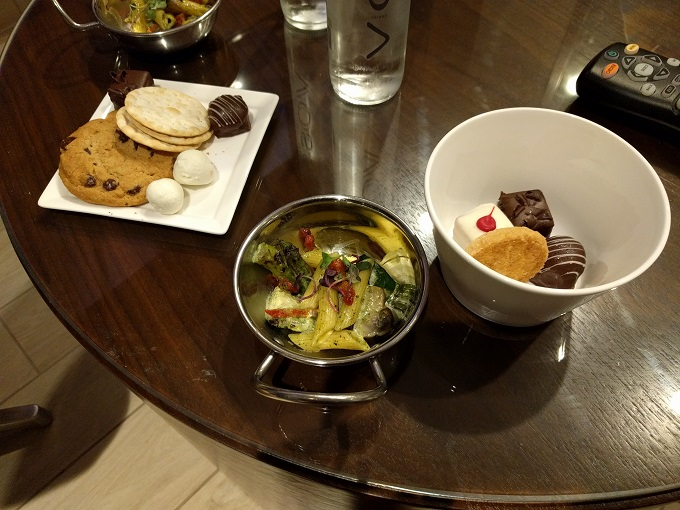 Hilton Norfolk Empyrean Lounge food 7