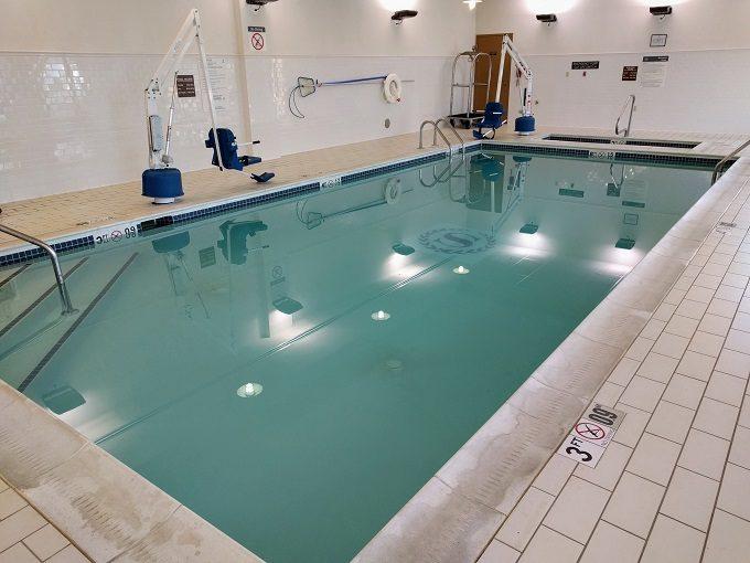 Sheraton Herndon Dulles Airport Pool & Whirlpool