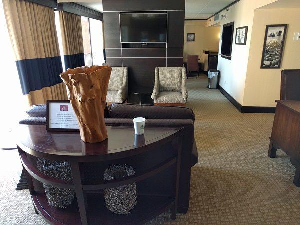 Sheraton Roanoke club lounge entrance