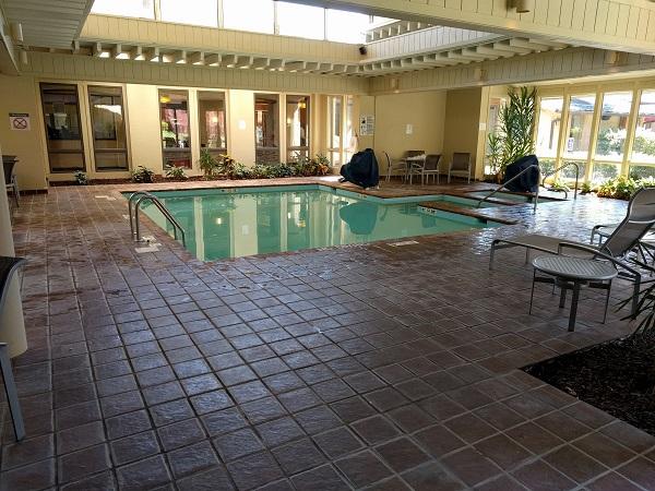 Sheraton Roanoke indoor pool and whirlpool