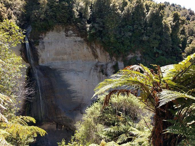 22 - Mount Damper Falls again