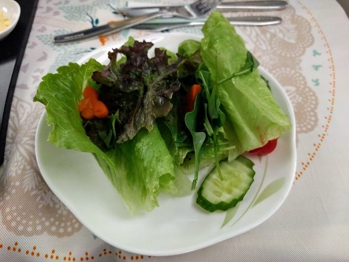 EVA Air TPE-JFK business class salad