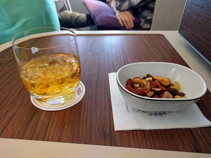 Thai Airways MEL-BKK whiskey and nuts with dried fruit