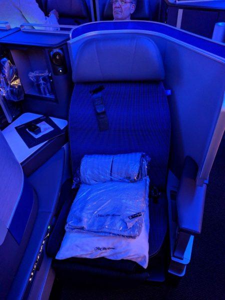 Review: United Polaris Business Class 777-300ER San