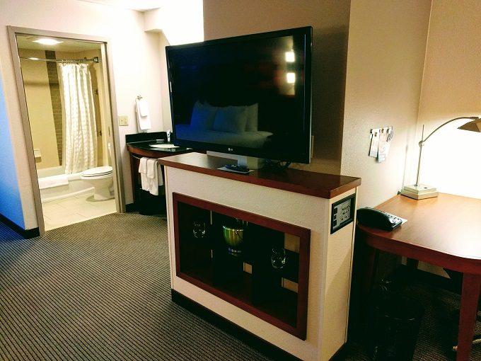 Hyatt Place Columbia-Harbison TV