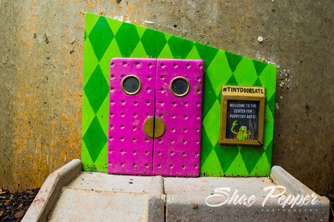 Just before I left I saw one more little surprise \u2013 one of the Tiny Doors that can be found across Atlanta. I loved that this one had a teeny tiny Kermit ... & 35 Photos From Center For Puppetry Arts In Atlanta Georgia - No ...