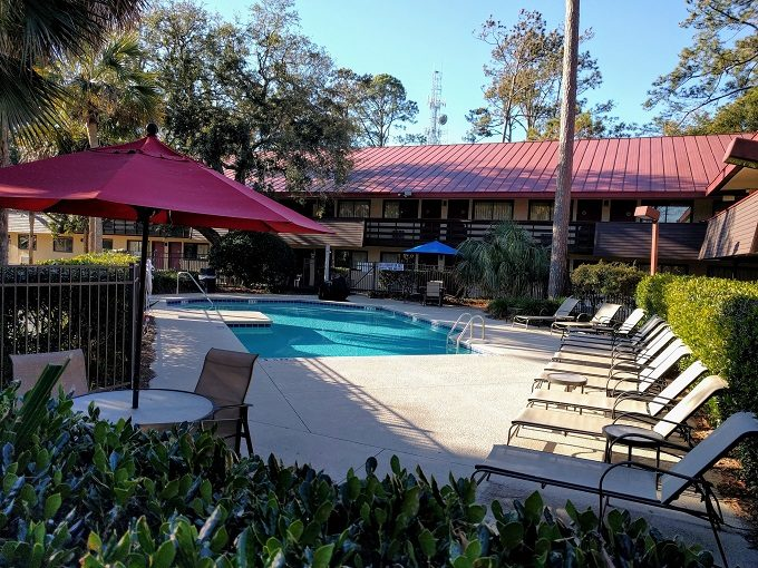 Red Roof Inn Hilton Head Island Swimming pool