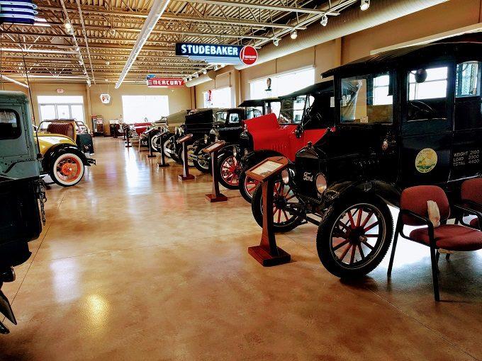 Car Dealerships In La Crosse Wi >> Visiting Dahl Auto Museum In La Crosse, Wisconsin - No ...