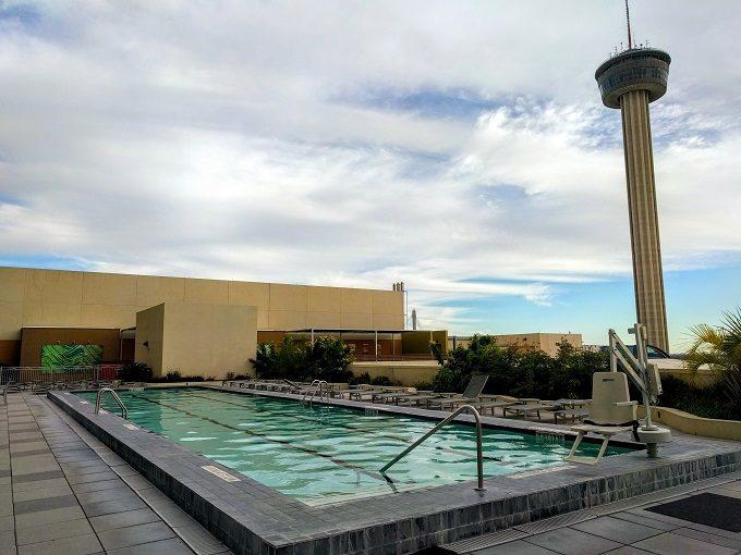 Review executive suite grand hyatt san antonio tx no - Swimming pools in san antonio texas ...